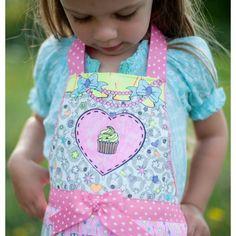 Colour me apron http://greatpretenders.ca/ca/colour-an-apron.html