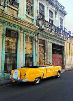 Carro antigo na Habana Vieja, Cuba