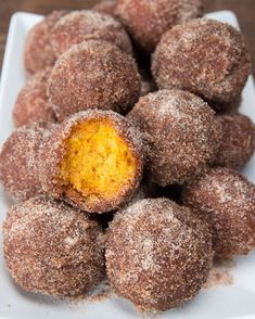 Pumpkin Spice Donut Holes | These Pumpkin Spice Donut Holes Are Perfect For Fall