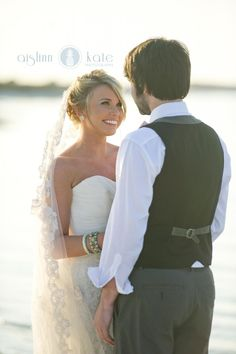Vintage Weddings  |  Beach Weddings  |  Romantic Wedding Pictures  |  Aislinn Kate Photography + Hemstitch Vintage Rentals  (Pensacola Weddings)