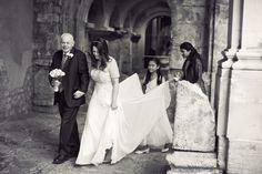 wedding-photography-lee-niel-bath-wedding-photography-reportage-wedding-photography Professional Wedding Photography, Baths, Claire, Roman, Wedding Dresses, Painting, Bride Dresses, Bridal Gowns, Weeding Dresses