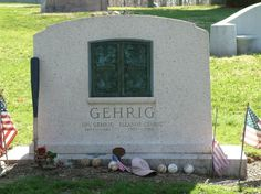 Lou Gehrig 1903-1941 (cause of death: Amyotrophic Lateral Sclerosis)