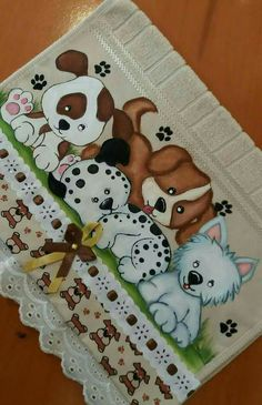 Cachorrinhos Tole Painting, Fabric Painting, Painting On Wood, Dog Quilts, Baby Quilts, Drawing For Kids, Painting For Kids, Love Is Comic, Baby Sewing Projects