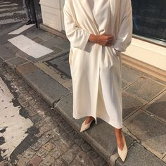 is always a good idea ✨ Modest Fashion, Hijab Fashion, Fashion Outfits, Fashion Styles, Overalls Women, Classy Outfits, Put On, Duster Coat, Style Inspiration