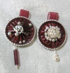 Due ciondoli rossi con perle - fatti con capsule Nespresso