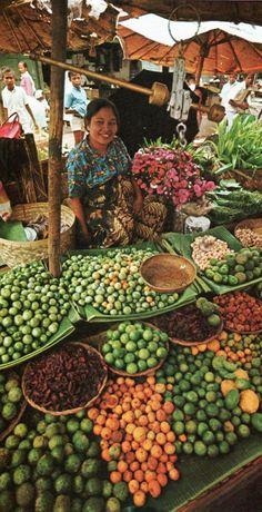 Sumatran market place, 1970