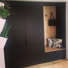 "KVIK BERGEN on Instagram: ""Smart Bordo garderobe løsning hjemme hos @housethil 🖤…"" Bergen, Entry Way Design, Gate, Entrance, Villa, Instagram, Cloakroom Basin, Entryway, Lobby Design"