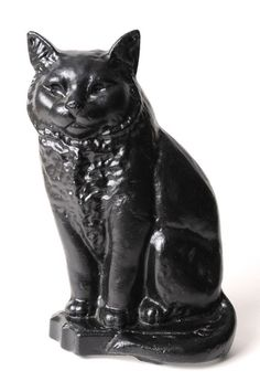 Large Black Cat Doorstop - Big and black, thats the Large Black Cat. Not as independent as most cats, this one will stand by any door to keep it open or will grace a fireplace when you need that comforting feel. Available in two different sizes. Unsurpassable British quality