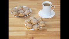 Semolina and cinnamon crinkle cookies (Fursecuri crapate cu gris si scor. Crinkle Cookies, Crinkles, Food Videos, Cinnamon, Cereal, Breakfast, Recipes, Canela, Morning Coffee