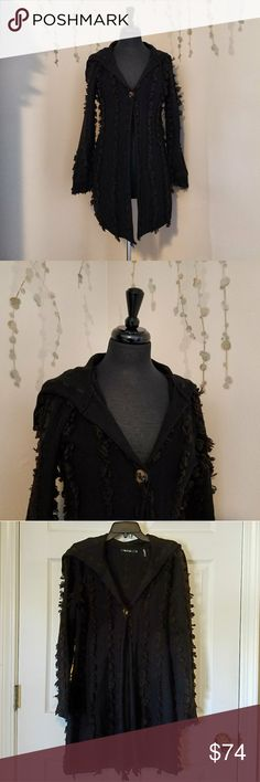 NIC + ZOE Knit Cardigan Duster M A heavy knit cardigan duster.  Black with brown yarn embellishment throughout.  Button close sewn with leather strips.  A stunning fall & winter staple. Preowned with no flaws.   Size M NIC + ZOE Sweaters