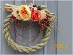 しめ縄リース おしゃれな正月飾り プリザーブド 明るい色合いの華やかなしめ縄 ジョリーアップ販売