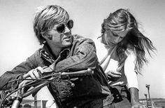 Robert Redford y Lauren Hutton 1971  fotógrafo Steve Schapiro