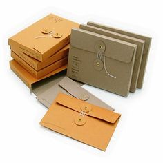 This design is also use brown paper or paper to create the envelope style like a bag, or a plastic envelope. This design is even more serious than the previous one. It looks hand made, it also feel like mechanical production where everything is all new and clean cut. I really like this design because it also have the string lock.