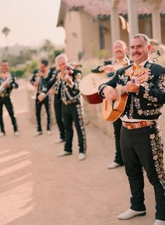 Entertainment at our Fiesta Rehearsal Dinner | design by Lisa Vorce with Mindy Rice, photos by Beaux Arts Photographie