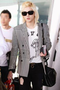 Choi Ren Minki   NU'EST Maknae airport fashion
