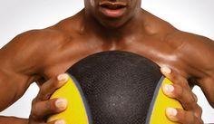 Trabaja todo el cuerpo con el balón medicinal