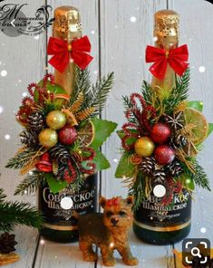 Christmas Crafts For Kids, Christmas Themes, Christmas Wreaths, Christmas Decorations, Christmas Ornaments, Wine Bottle Gift, Wine Bottle Crafts, Holiday Gifts, Holiday Decor