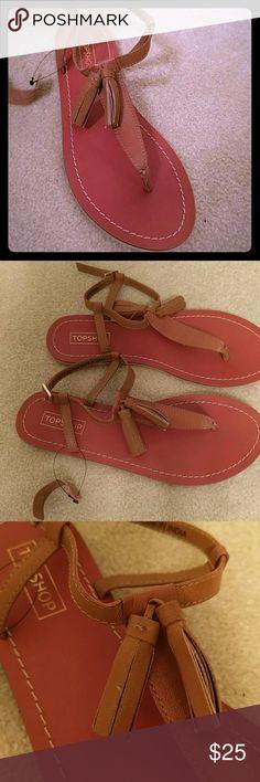 NEW Topshop sandles Leather Topshop new sandals. Super cute. European 38 will fit a 7 US Topshop Shoes Sandals
