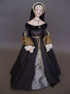 CATHERINE OF ARAGON (Dollshouse doll by Debbie Dixon-Paver)