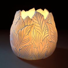 Candle Holder - Leaves Design