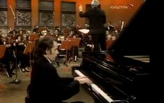 Accompanied by Toronto Symphony Orchestra, one of the best-known and most celebrated classical pianists, Glenn Gould performs Ludwig van Beethoven''s Piano Concerto No. 5 in E-flat major, Op.…