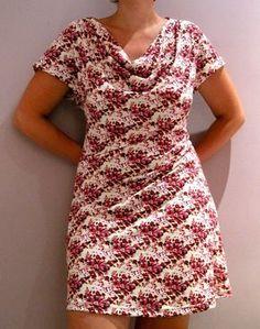 De Eva-dress is een gratis patroon voor een tricot jurk, wat je hier  kan vinden. Na het printen van de 64 pagina's kan je gezell...