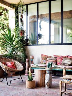 Bohemian Decor Ideas for Outdoor Patio Space | Apartment Therapy