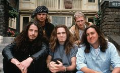 Cameron Crowe with Matt Dillon and the guests of the movie Singles; Jeff Ament, Chris Cornell & Layne Staley <3