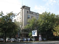 A building projected by modernist architect Đorđe Tabaković in city centre. (Photo by László Takács).