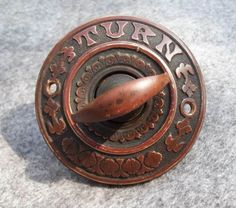 Old-Victorian-Turn-Knob-Door-Bell-Plate-Ornate-Brass-Nice-Architectual-Pc