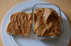 Manteiga de amendoim com mel, limão e erva doce
