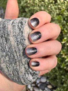 Product # FDG227 Underground Magic Glitter nails get an edgy update with this sparkling silver to deep black gradient.