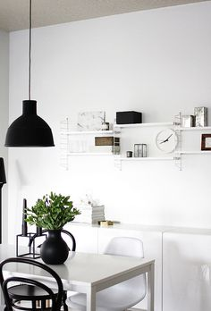Via A Merry Mishap | Black and White | Muuto | String System | Menu Vase