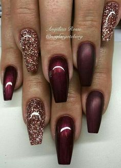 39 chic acrylic gel coffin nails design ideas acrylic nails nail beauty makeup Wondrous Winter Nail Design Ideas For 2020 – The Glossychic Design 63 Cute Nail Designs for Every Nail Length & Season: Cute Nails to Try 22 super easy nail art designs and … Fancy Nails, Love Nails, How To Do Nails, My Nails, Gold Sparkle Nails, Gold Coffin Nails, Fabulous Nails, Gorgeous Nails, Pretty Nails