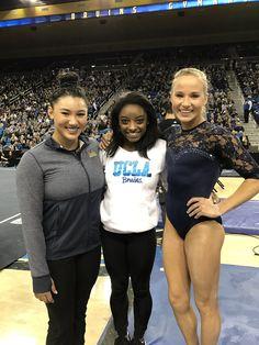 Simone, Maddie & friend Team Usa Gymnastics, Gymnastics Facts, Gymnastics Equipment, Gymnastics Quotes, Gymnastics Pictures, Artistic Gymnastics, Olympic Gymnastics, Gymnastics Girls, Gymnastics Leotards