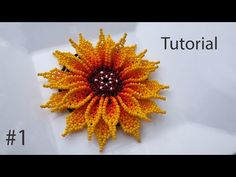 Flor en mostacilla para collar primera parte - YouTube