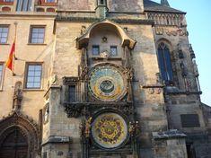 28. září 2018 bude slavnostně spuštěn opravený staroměstský orloj vPraze Prague, Big Ben, Building, Construction, Buildings, Architectural Engineering