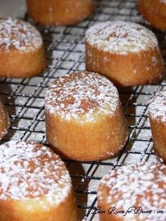 I have been introduced to a number of foods (mainly baked goods) at work and one of these was the friand, a lemon curd one to be precise. I tried it a while ago and the colleague at work left befor… Lemon Desserts, Lemon Recipes, Mini Desserts, Sweet Recipes, Baking Recipes, Cake Recipes, Dessert Recipes, Lemon Curd Dessert, Lemon Curd Cake