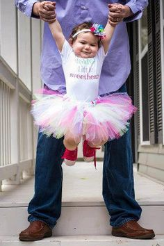 12 Mos WHOLE OUTFIT Daddys Little Sweetheart Fathers Day Outfit girl girls baby Gift  by HandpickedHandmade, $14.99 Great Fathers Day Dress Up Tutu Outfit Set, Handmade, how to tutorial on blog, super fluffy tutu in pastel colors.