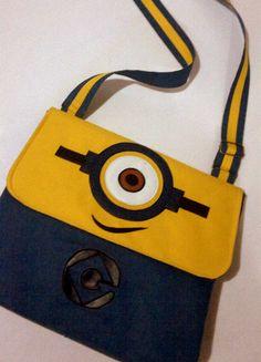 Minion Bag 35x30 cm size