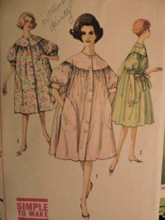 Cool Patterns, Stitch Patterns, Lingerie Patterns, Fashion Patterns, Costume Patterns, Caftans, Fashion Vintage, Nightwear, Bubbles