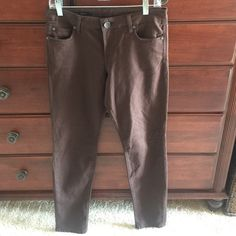 Kut brown skinny jeans. Size 6. Kut brown Diana skinny jeans. Size 6. Super slimming and soft. Kut Jeans Skinny