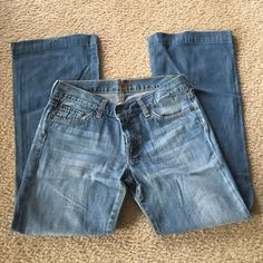 7 for all Mankind dojo style, size 28 Great condition! Inseam is 28.5 7 for all Mankind Jeans