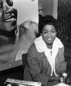 "Sarah Vaughan in 1960. The jazz and pop vocalist is best-known by many for her version of ""Send in the Clowns"" and the early hit ""Broken-Hearted Melody."" Born in 1924 in Newark, N.J., to musician parents, she won a talent competition at the Apollo Theater in 1942 that launched her singing career. Vaughan worked with Billy Eckstine and Earl Hines before becoming a solo performer. She was awarded a Grammy Lifetime Achievement Award in 1989 and was inducted into the Jazz Hall of Fame in 1990."