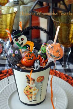 A Jolly Halloween - a tutorial and other great ideas for a Halloween party! | Home is Where the Boat Is