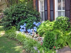 build your own front yard landscape island | because of a love for gardening a do it yourself mentality or budget ...