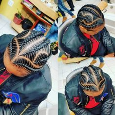 What are the box braids? We braid hair since the dawn of time, so we found traces of braided hairstyles dating back to Prehistory! After a dazzling comeback in the the fashion of braids (or rather mats) does not seem… Continue Reading → Feed In Braids Hairstyles, Black Girl Braided Hairstyles, Black Girl Braids, Braids For Black Hair, Men's Hairstyle, Hairstyle Ideas, Little Girl Cornrows, Cornrows For Girls, Braids For Boys