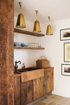 Salvaged Oak and Copper Sink - Kitchen Design Ideas - Decor & Images (houseandgarden.co.uk)