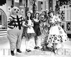 Adventure Island: Lisa, Mrs Flowerpots, Percy Panda, Clown, Miser Meanie and Fester Fumble. I wanted to live there so bad.