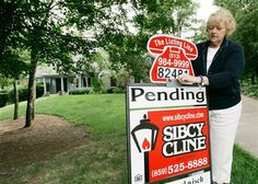 Buying a home: How to win a bidding war